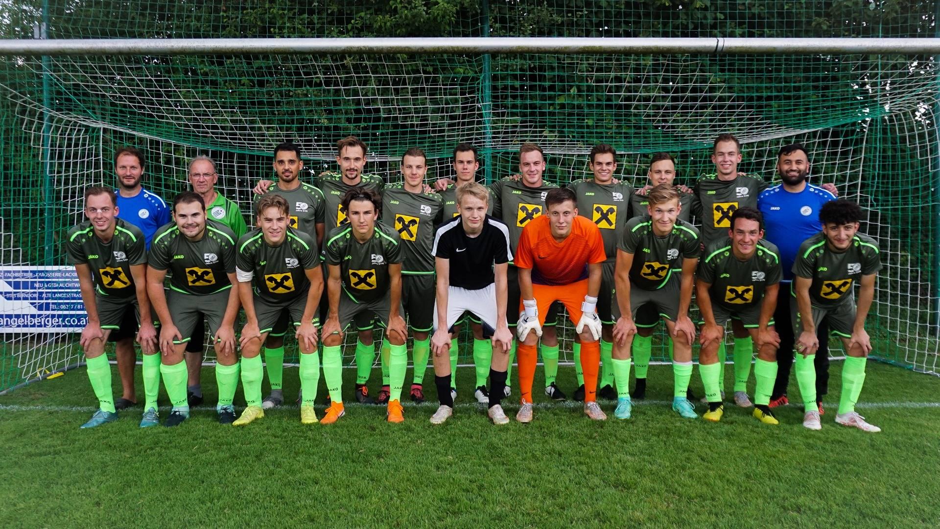 das aktuelle Teamfoto 21-22 der 1. Mannschaft